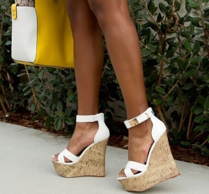 Buy from www.shoedazzle.com
