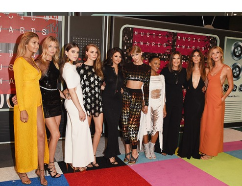 taylor-swift-squad-mtv-vmas-2015-video-music-awards-ftr1 - bad blood crew